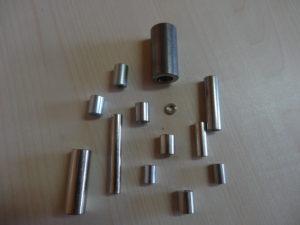 Entretoise métallique lisse